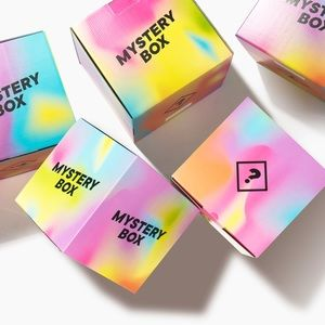Other - She is thrifty mystery box- name brands